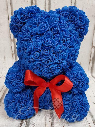 Голям  мечок от изкуствени рози в синьо